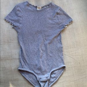 Zara kids body suit//worn 1 time